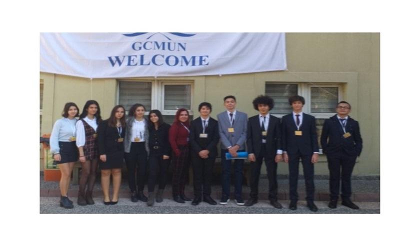 Öğrencilerimiz MODEL UNITED NATIONS 2020 Etkinliğinden Başarıyla Döndü...