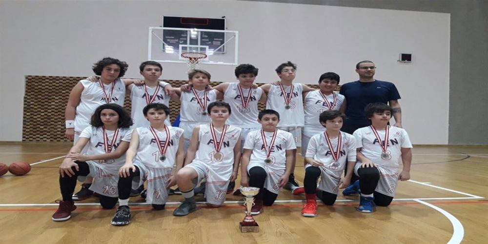 Basketbol 4.lük kupası